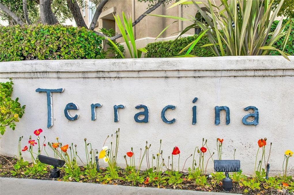 54 Via Vicini Rancho Santa Margarita, CA 92688
