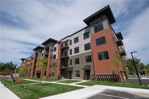 Photo Of 311 Plymouth Rd Mi 48170 Condo Townhome For Rent