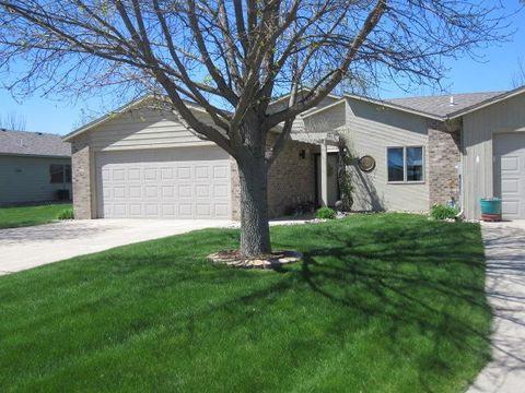 Photo of 1611 11th Ave W, Spencer, IA 51301