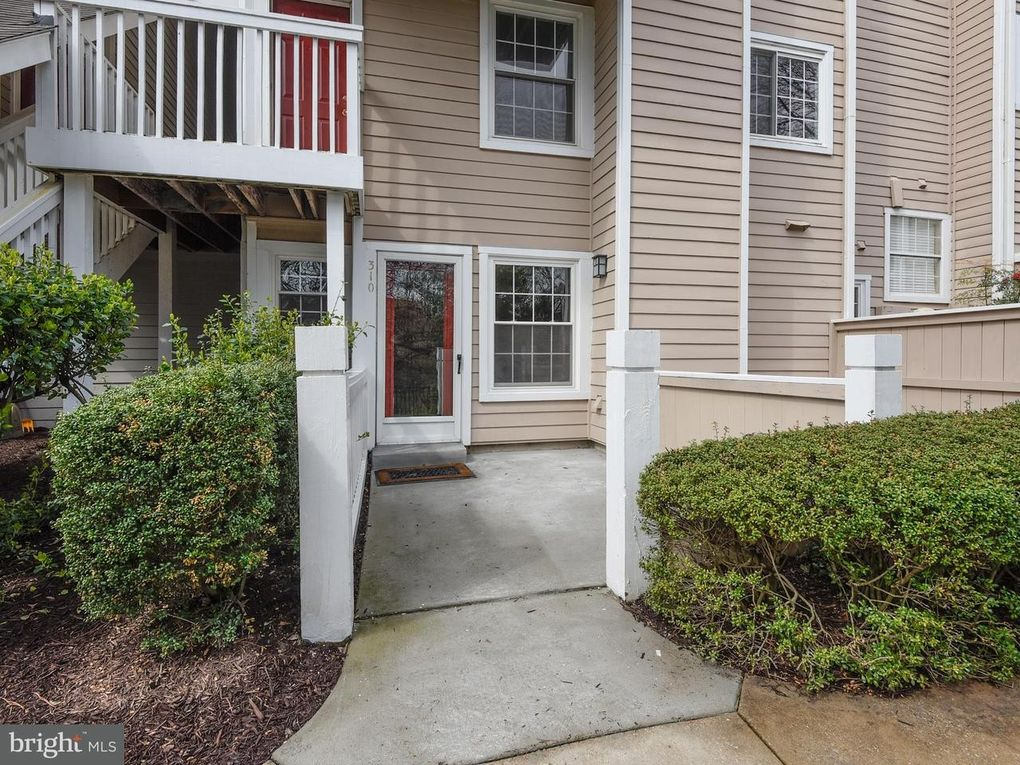 5804 Inman Park Cir Apt 310, North Bethesda, MD 20852
