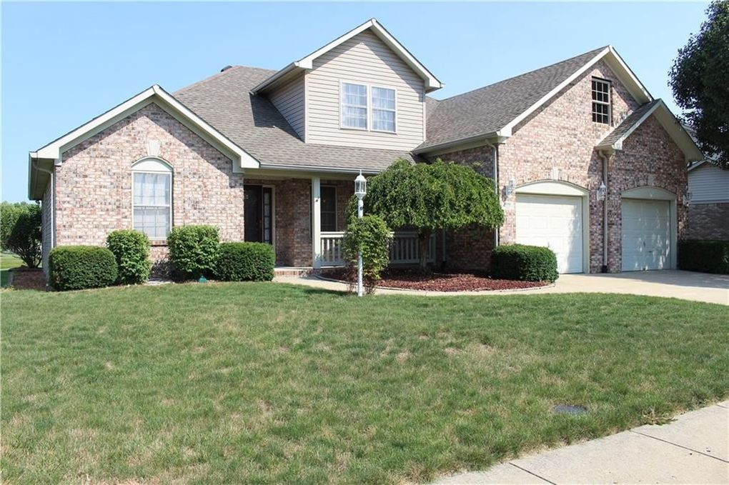 8232 Meadow Bend Dr, Indianapolis, IN 46259