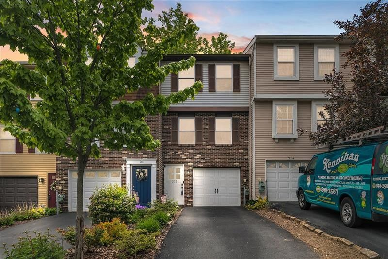 332 Fawn Trl Cranberry Township, PA 16066