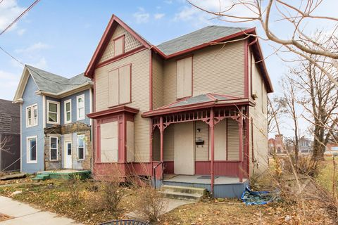 Photo of 295 E 5th Ave, Columbus, OH 43201