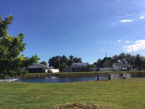 4316 Bobwhite Dr Boynton Beach FL 33436