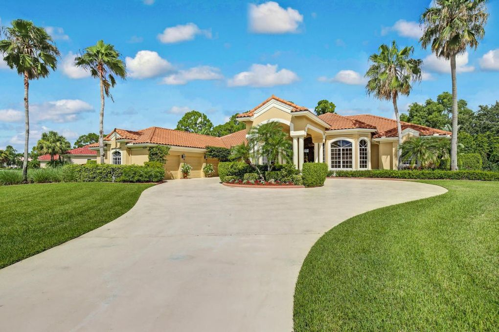 11691 Stonehaven Way, Palm Beach Gardens, FL 33412