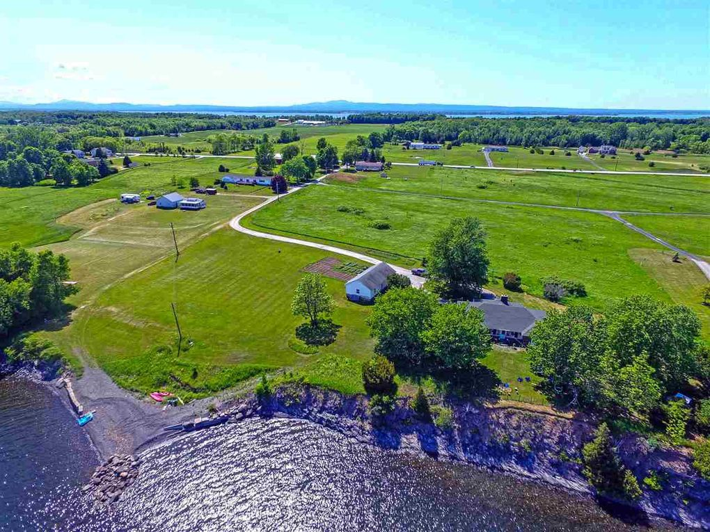 159 Four Winds Ln, North Hero, VT 05474