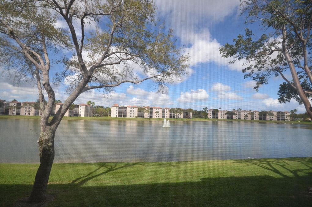 6193 Pointe Regal Cir Apt 204, Delray Beach, FL 33484