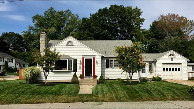 18 saint george st west warwick ri 02893 home for sale amp real