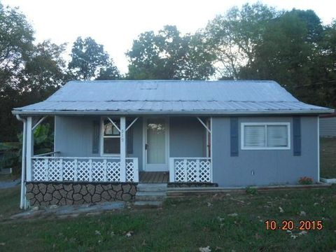 519 Temple Rd, Seymour, TN 37865