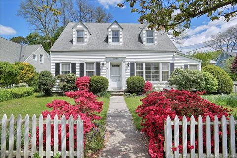 Photo of 16 Whittaker St, Stamford, CT 06902