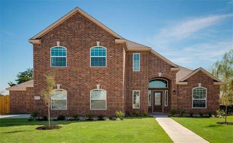 705 Meadow Springs Dr, Glenn Heights, TX 75154