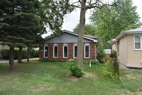 109 Spring St, Willow Springs, IL 60480