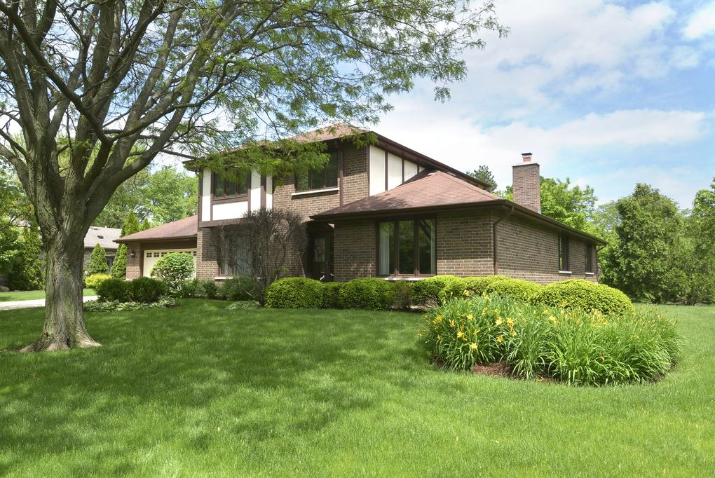 205 S Gail Ct Prospect Heights, IL 60070