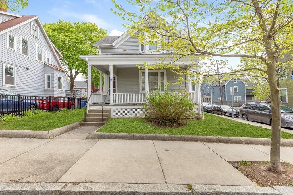 167 Central St Somerville, MA 02145