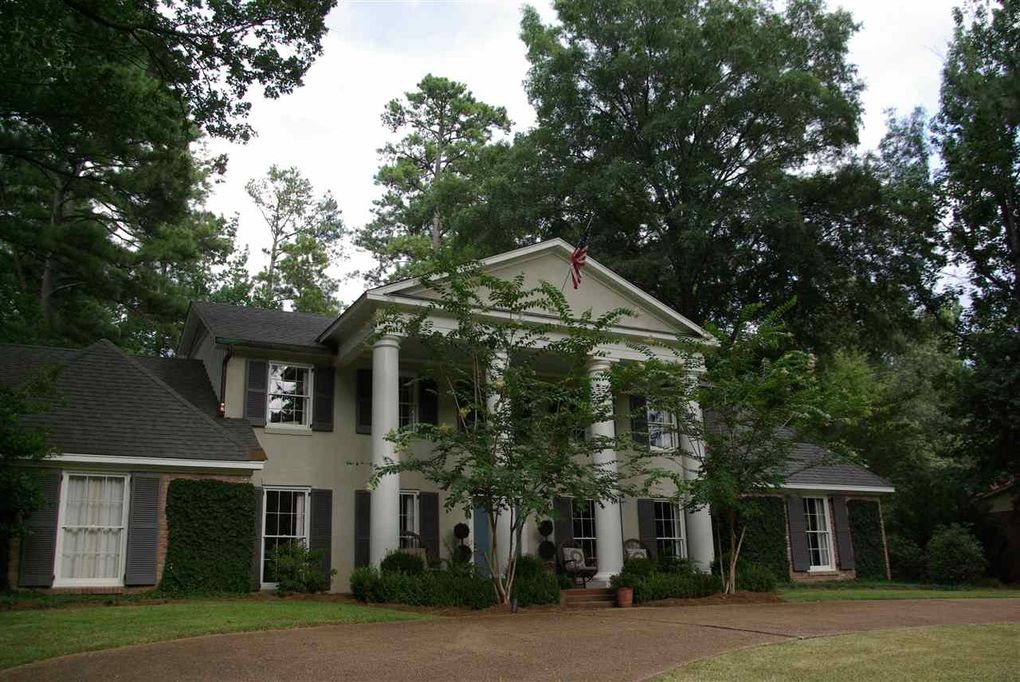 4366 n honeysuckle ln jackson ms 39211 for Home builders in jackson ms area