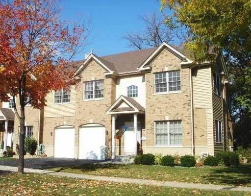 240 S Cass Ave, Westmont, IL 60559