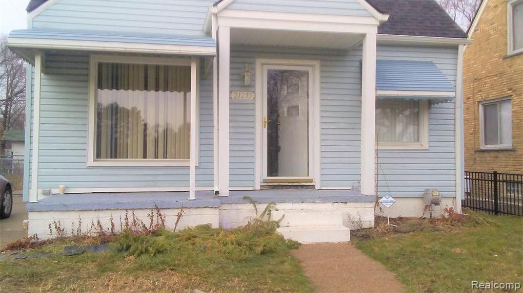 21255 Reimanville Ave Royal Oak Township, MI 48220
