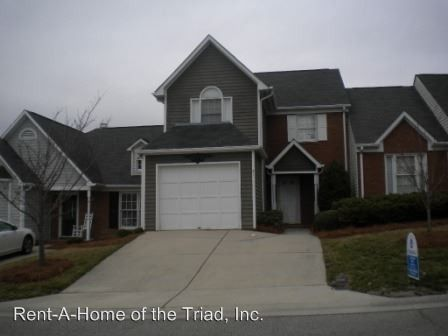 Photo of 21 Cedar Knoll Dr, Greensboro, NC 27407