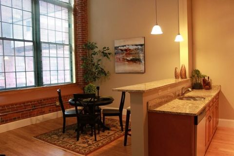 300 Canal St Unit 8-511, Lawrence, MA 01840
