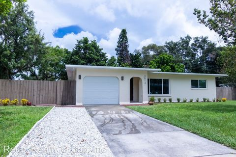 Photo of 2513 Bougainvillea St, Sarasota, FL 34239