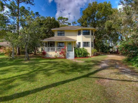 Photo of 924 Emerald Dr, Chuluota, FL 32766