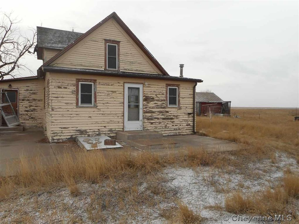 5296 county road 208 carpenter wy 82054 for Wyoming home builders