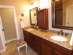 1022 Providence Grove Way, Knoxville, TN 37919   Bathroom