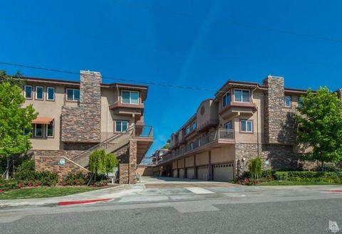 5241 Colodny Dr Unit 405, Agoura Hills, CA 91301
