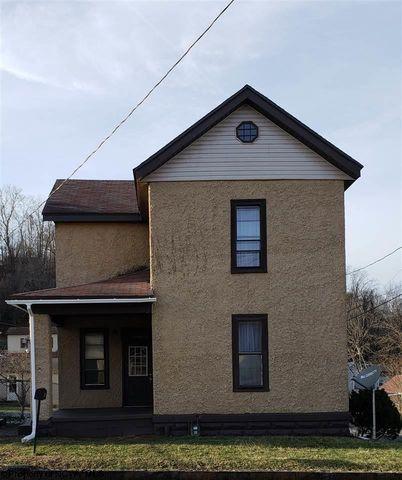 Photo of 948 Clark St, Shinnston, WV 26431