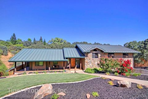 Photo of 130 Prospector Ct, Folsom, CA 95630
