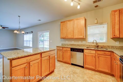 Photo of 7 Derry Ln, Greer, SC 29650