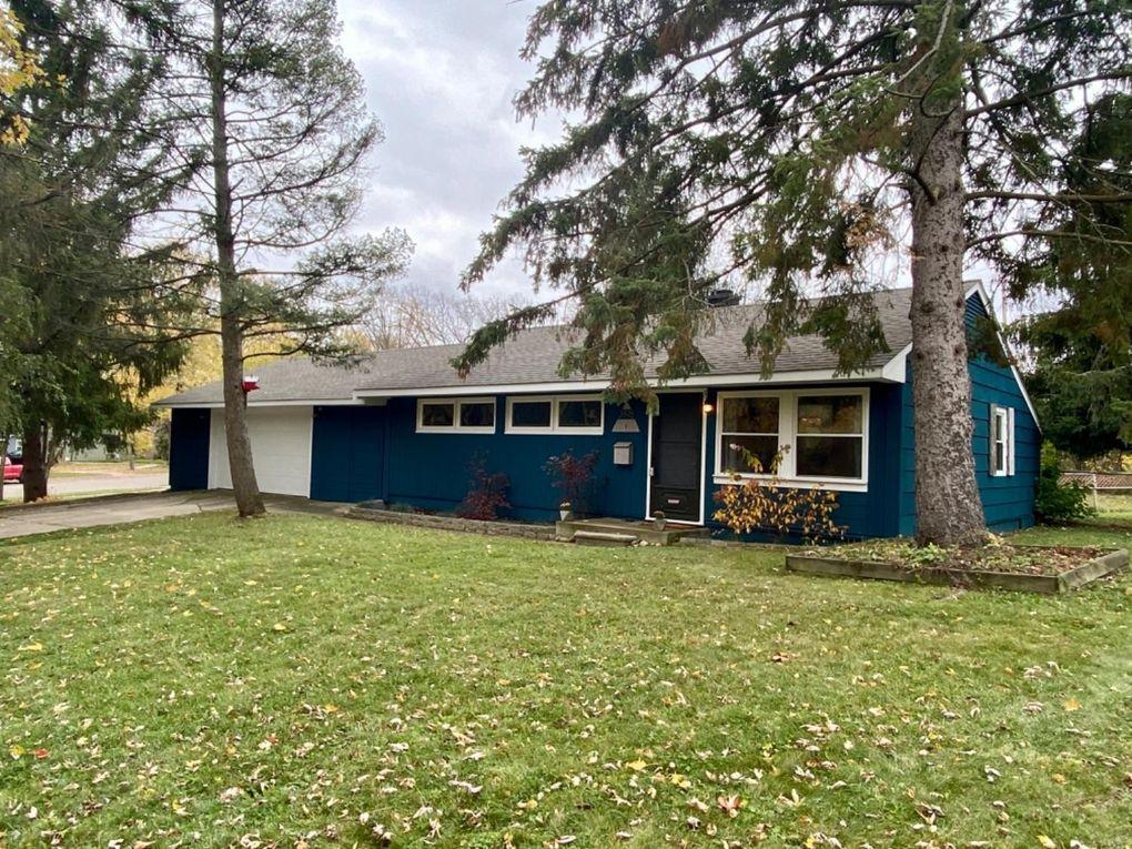 2498 Pinecrest Ave Ann Arbor, MI 48104