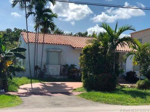 890 W 43rd Ct, Miami Beach, FL 33140