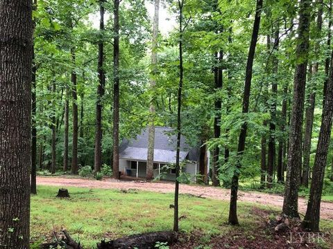 Photo of 447 Matohe Rd, Monroe, VA 24574