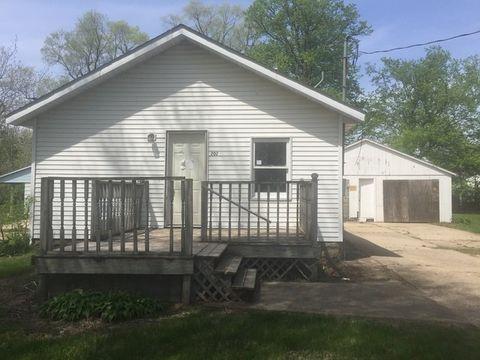 202 Stanley Ct, Rock Falls, IL 61071