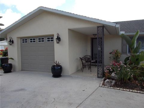 Photo of 2545 Geneva Rd, Venice, FL 34293