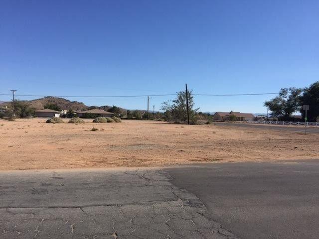 Zuni Rd, Apple Valley, CA 92307