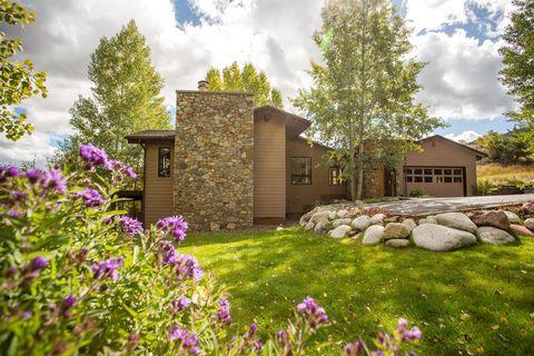 Peachy Aspen Co Apartments For Rent Realtor Com Home Interior And Landscaping Palasignezvosmurscom