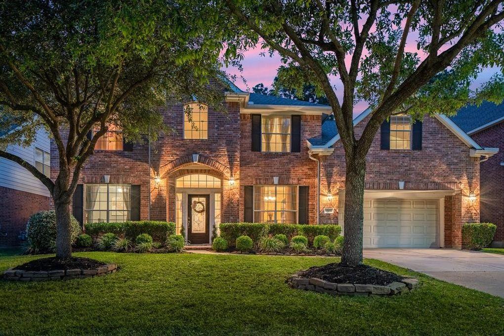 1507 Ravens Manor Ct, Spring, TX 77379