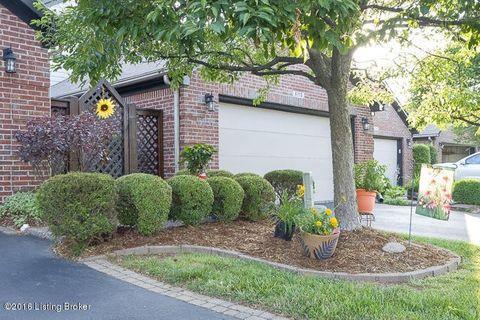 4114 Hartwick Village Pl, Louisville, KY 40241