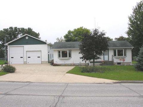 407 E Main St, Riceville, IA 50466