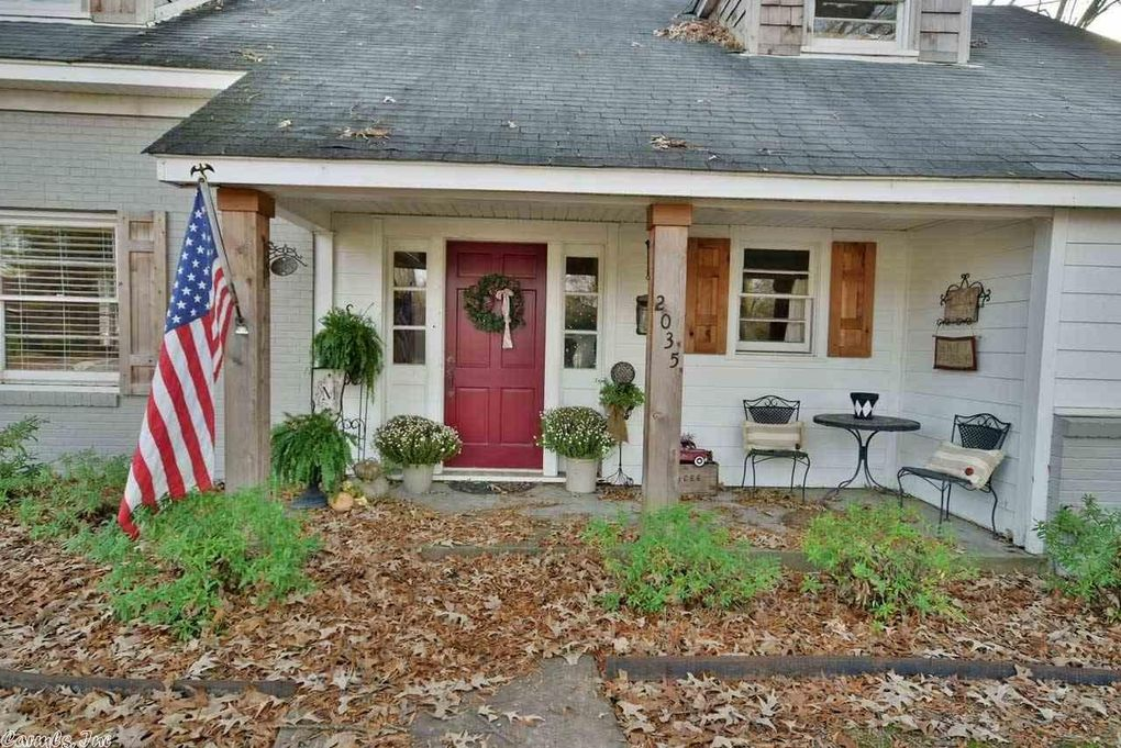 2035 Prince St, Conway, AR 72034