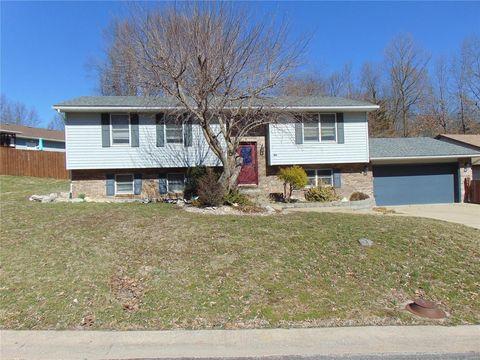 Photo of 105 Valleywood Ct, Bethalto, IL 62010