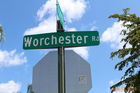 2744 Worcester Rd, Lantana, FL 33462