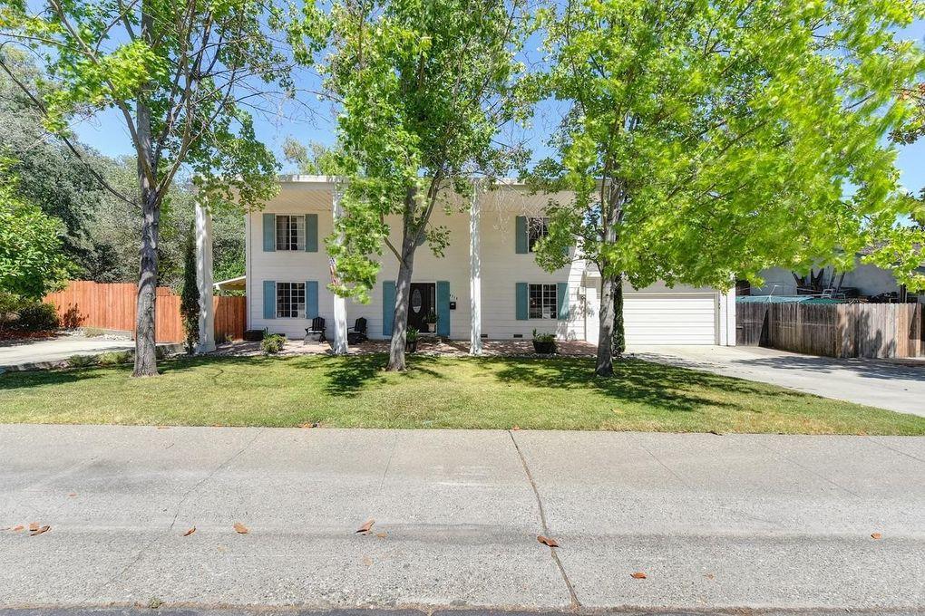 4318 Castleglen Way, Fair Oaks, CA 95628