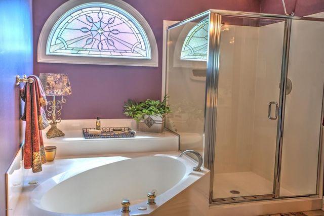 Bathroom Lighting Fixtures Louisville Ky 10800 blacksmith rd, louisville, ky 40291 - realtor®