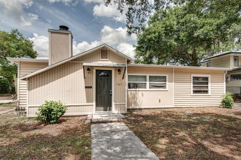 707 Hollingsworth Rd, Lakeland, FL 33801