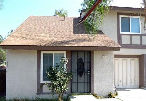 6898 Kern Dr, Riverside, CA 92509