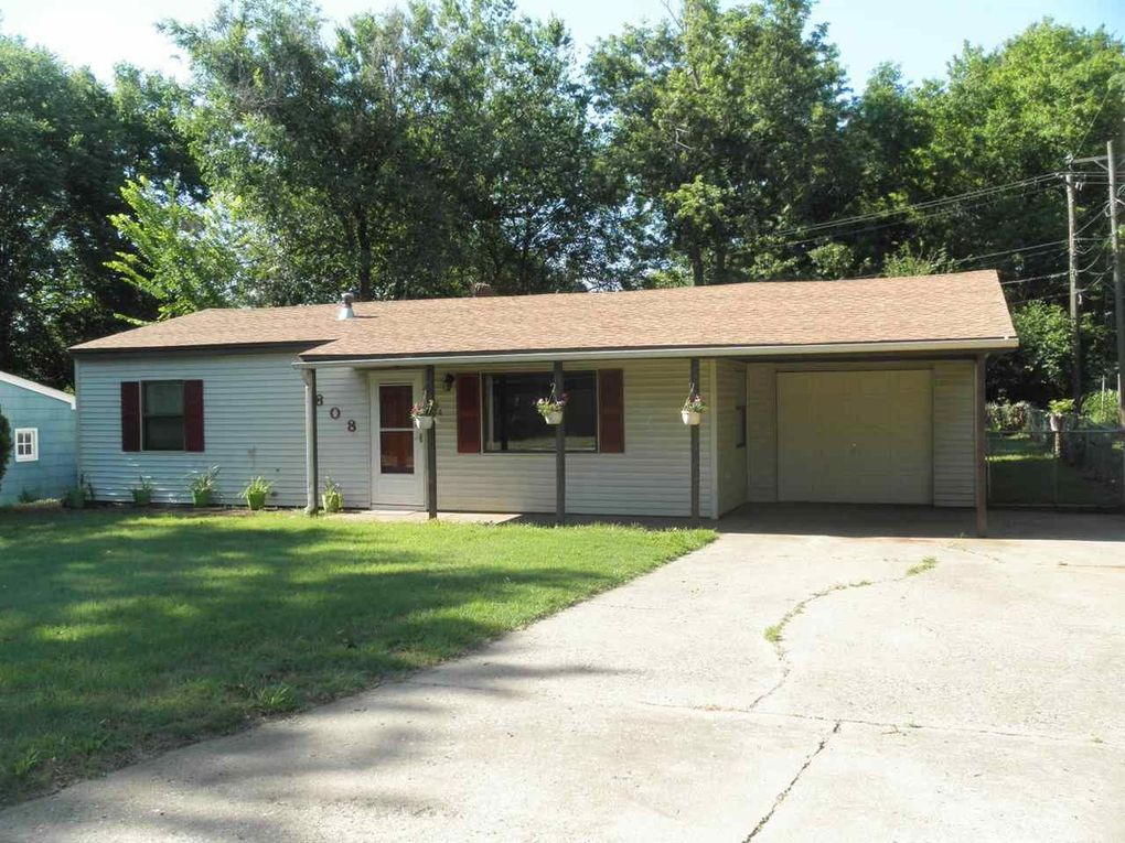 808 Gray Ave Ponca City, OK 74601