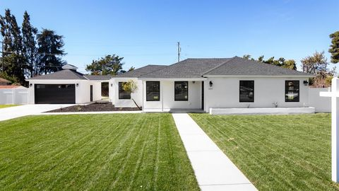 Photo of 1020 Main St, Livingston, CA 95334